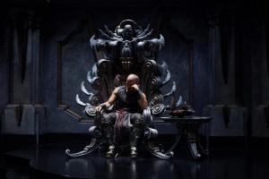 No es exacatemente la escena final de Las crónicas de Riddick, peeero...