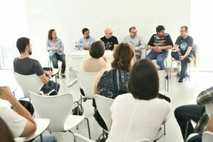 foto de la charla con los VerdHugos en la sala 1